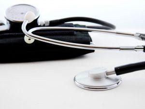 servizi misurazione pressione attivo presso la farmacia dell'aquila
